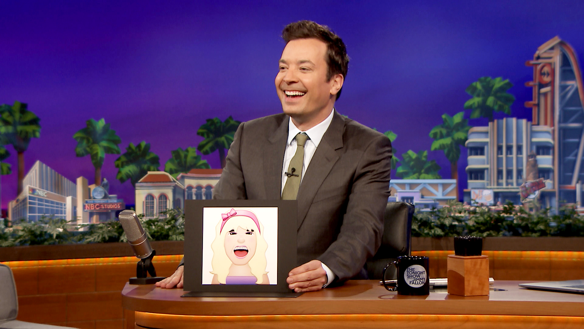Http Www Nbc Com The Tonight Show Video Jimmy Fallon Announces Jimoji Emoji Stickers 3497274