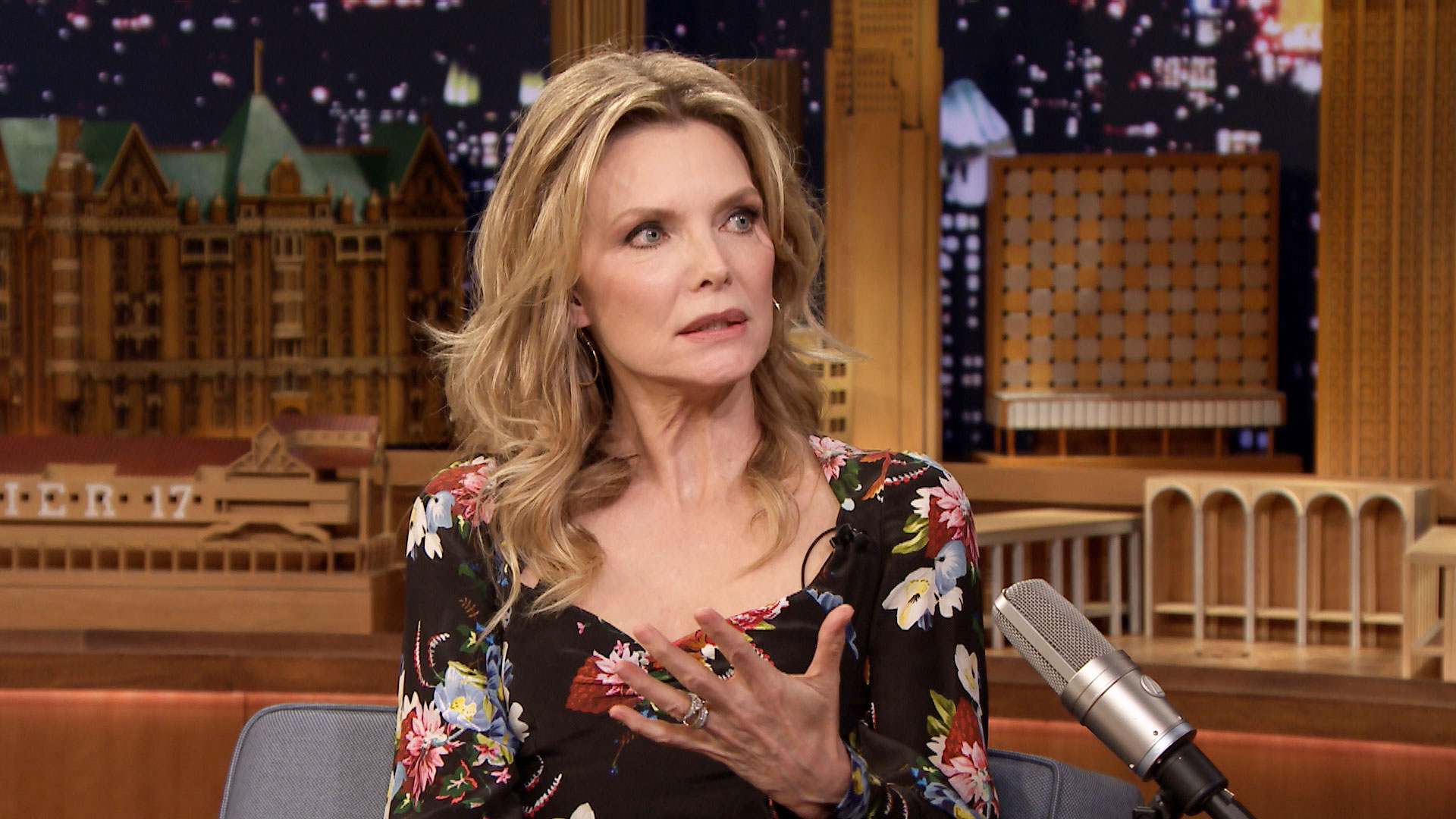 Michelle Pfeiffer Met Ruth Madoff Before Playing Her On ...