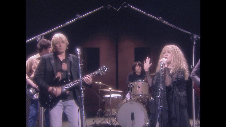 "Jimmy Fallon & Stevie Nicks Recreate ""Stop Draggin' My Heart Around"" Video"