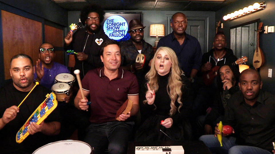 """Jimmy Fallon, Meghan Trainor & The Roots Sing """"All About That Bass"""" (w/ Classroom Instruments)"""