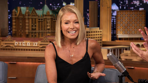 Kelly Ripa Is Super Competitive with Trivia