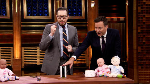 Joshua Topolsky Shows Off a Self-Expanding Baby Stroller