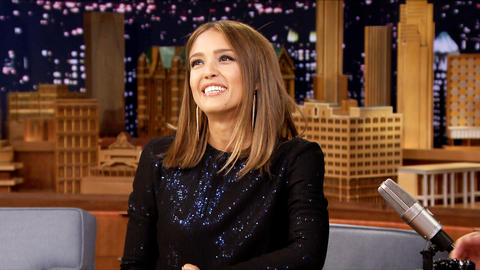 Jessica Alba Throws an Annual Pizza Party Game Night