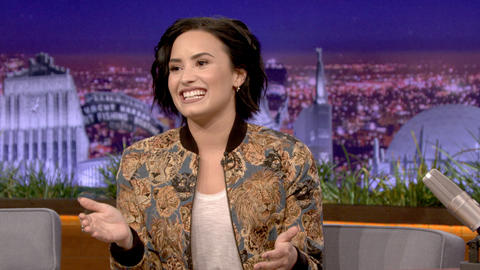 Demi Lovato's First Public Performance Went Terribly