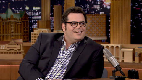 Josh Gad Reveals What's Really Making the Angry Birds Angry