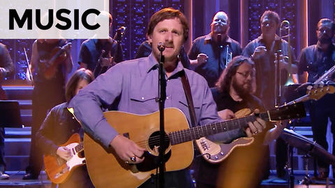 Sturgill Simpson: All Around You