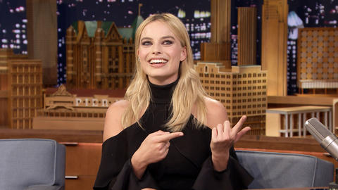 Margot Robbie Learned to Hold Her Breath for Five Minutes for Suicide Squad