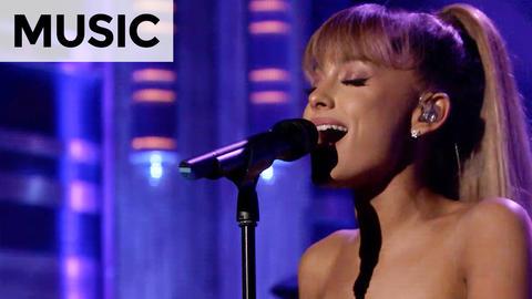 Ariana Grande: Side to Side