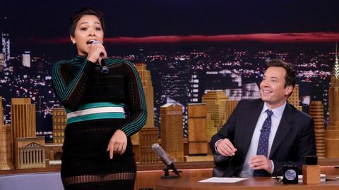 """Gina Rodriguez's Alter Ego """"Cutz"""" Raps Nikki Minaj's """"Super Bass"""""""