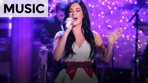 Kacey Musgraves: Present Without a Bow