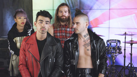 Behind the Lyrics with DNCE, Chris Stapleton and Hailee Steinfeld